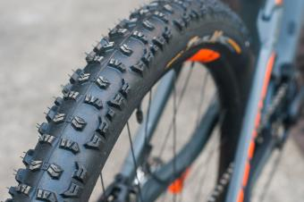 Test Continental Trailking