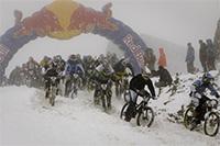 Red Bull 5000 Down, une descente marathon au départ du pic de Whistler