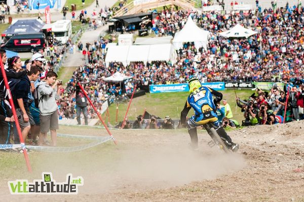Le boss, Sam Hill,