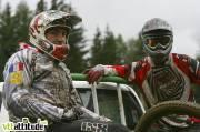 Championnat de France de VTT 4X 2009, Oz en Oisans. La remontée se fait en 4x4 ...