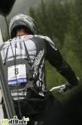 Aurélien Giordanengo, team Ayton Giant, devient champion de France de 4X 2009 sur la piste d'Oz en Oisans.