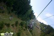 Session freeride sous la remontée en attendant le départ. Coupe Rh�ne Alpes de VTT de descente, 5ème manche à Méaudre dans le Vercors.
