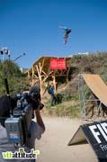 Condor sur le premier step-up et grosse caméra sans fil pour diffuser en live sur internet.