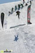 L'Alp'N Slopestyle annulé pour cause de bike park boueux, les dirters se sont donné rendez-vous sur le snow park pour envoyer du trick !