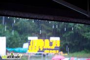 La séance de qualification est terminée mais la pluie, elle, est de retour et elle fait pas semblant.