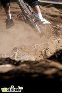 Coupe de France VTT de descente 2010, étape de Méribel, sous le soleil et dans la poussière.