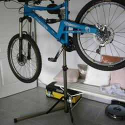 BikeTool Folding Workshop Stand